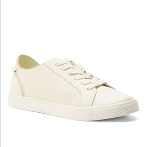 Dolce Vita off white leather sneakers, size 10